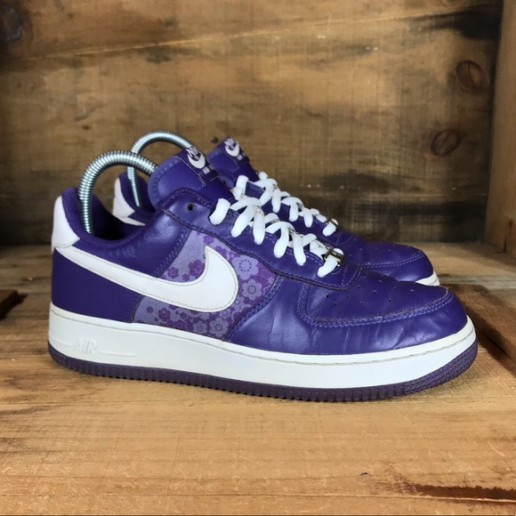 the best attitude 91f70 a0f27 Nike Air Force 1 Low Purple Floral. M 5bd63bc703087ca7871ff255